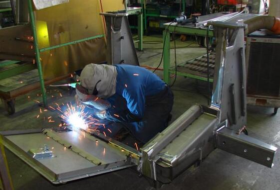 折弯电焊3